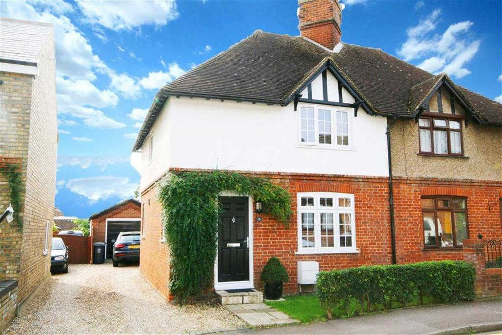 3 Bedrooms Semi Detached House for sale in Norfolk Road, Buntingford