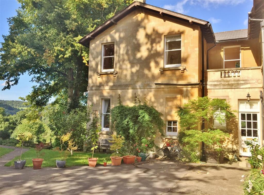 2 Bedrooms Apartment Flat for sale in The Grange, Church Lane, Freshford