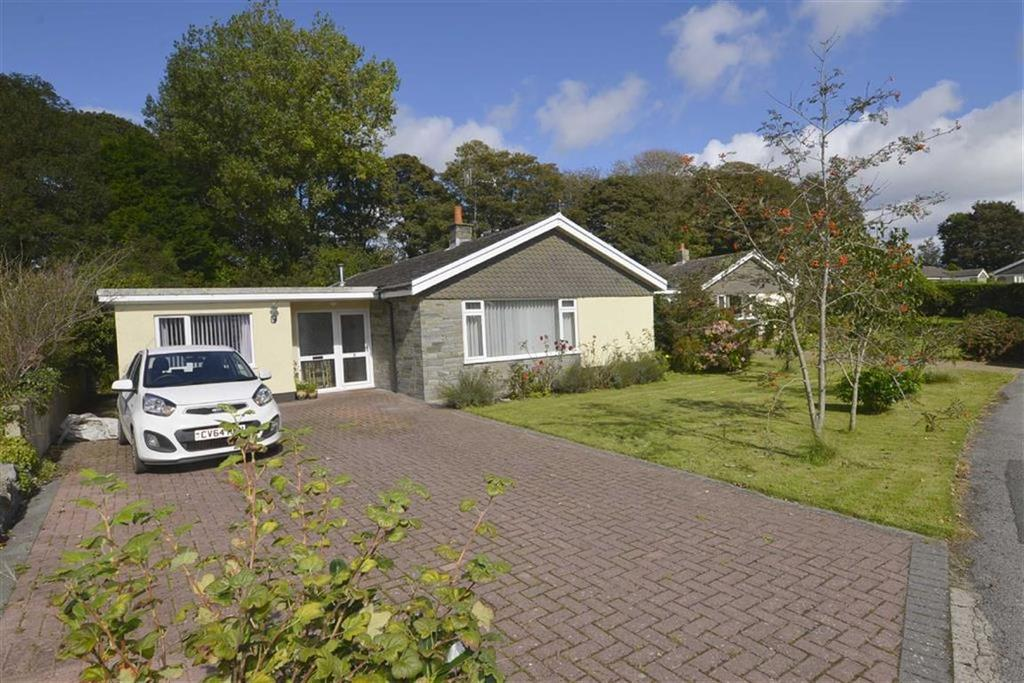 5 Bedrooms Bungalow for sale in 5, Flemish Close, St Florence, Tenby, Pembrokeshire, SA70
