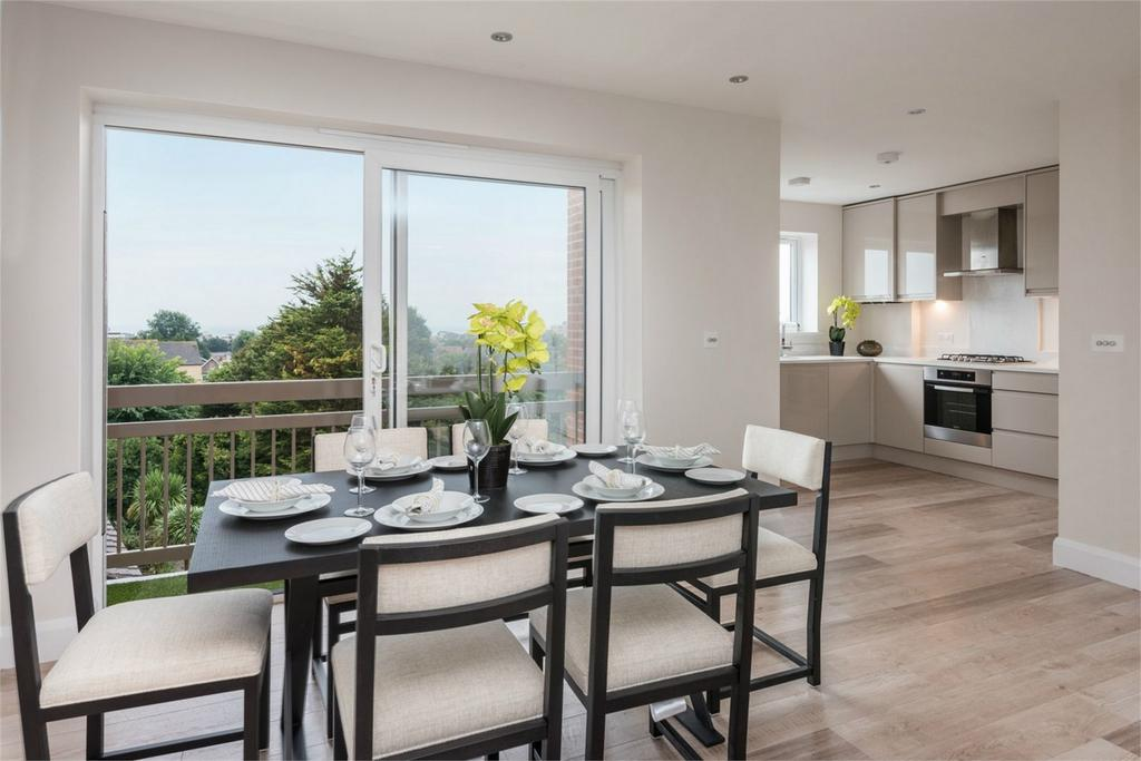 3 Bedrooms Flat for sale in Kings Gate, 111 The Drive, Hove