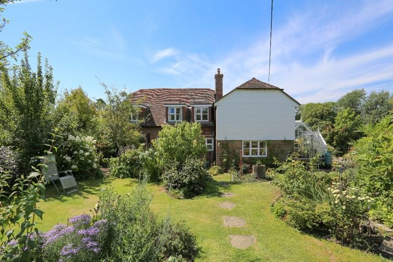 4 Bedrooms Detached House for sale in East Chiltington