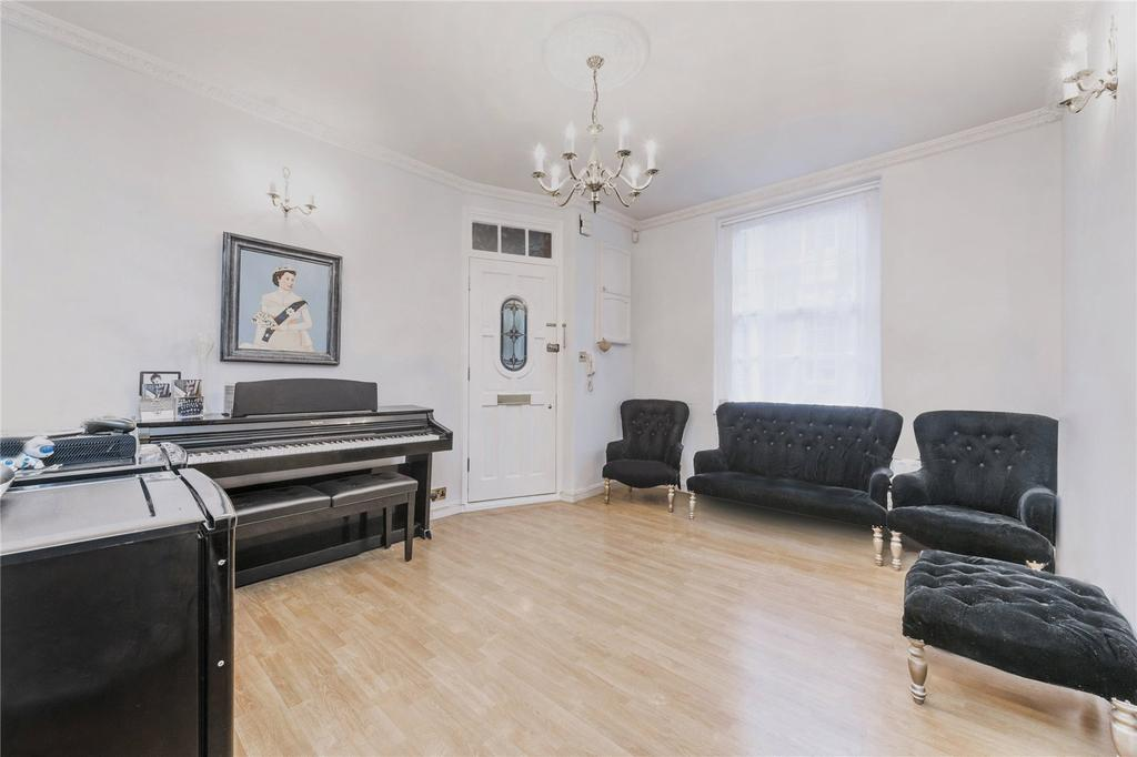 2 Bedrooms Flat for sale in Martlett Court, Covent Garden, London