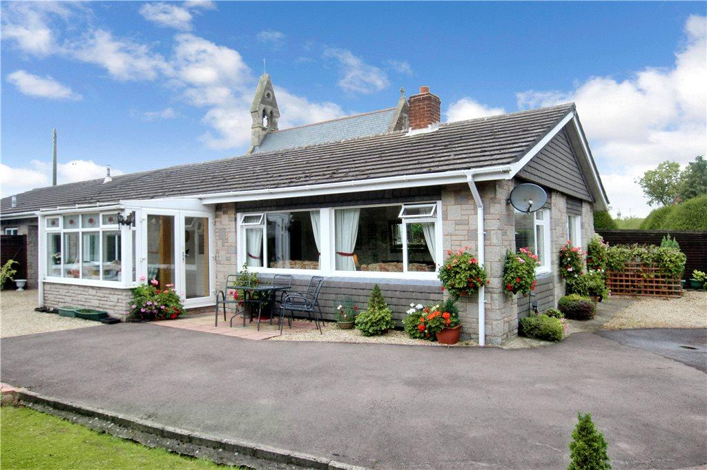 3 Bedrooms Semi Detached Bungalow for sale in Fromes Hill, Ledbury, Herefordshire, HR8