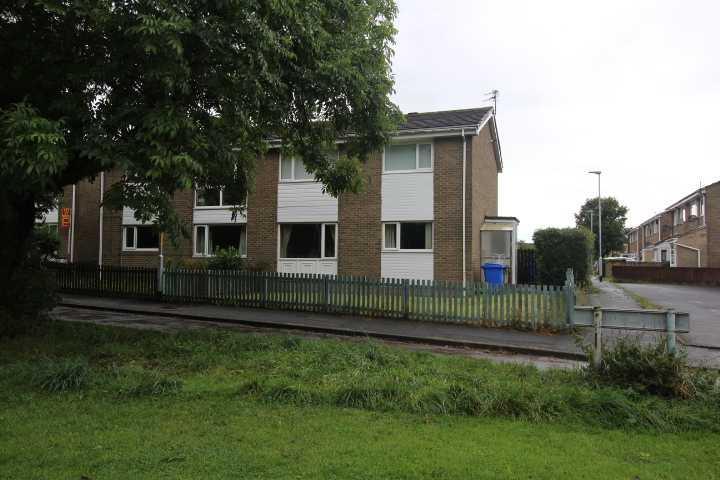 2 Bedrooms Flat for sale in Linslade Walk, Beaconhill Glade, Cramlington