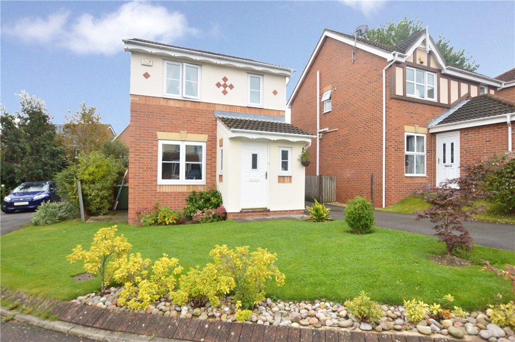 3 Bedrooms Detached House for sale in White Court, Crofton, Wakefield, West Yorkshire