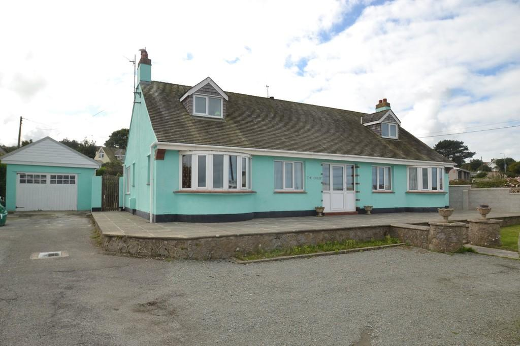6 Bedrooms Detached Bungalow for sale in The Creek, Bull Bay, North Wales