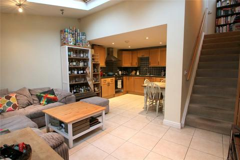 2 bedroom terraced house to rent - Luckwell Road, Bedminster, Bristol, BS3