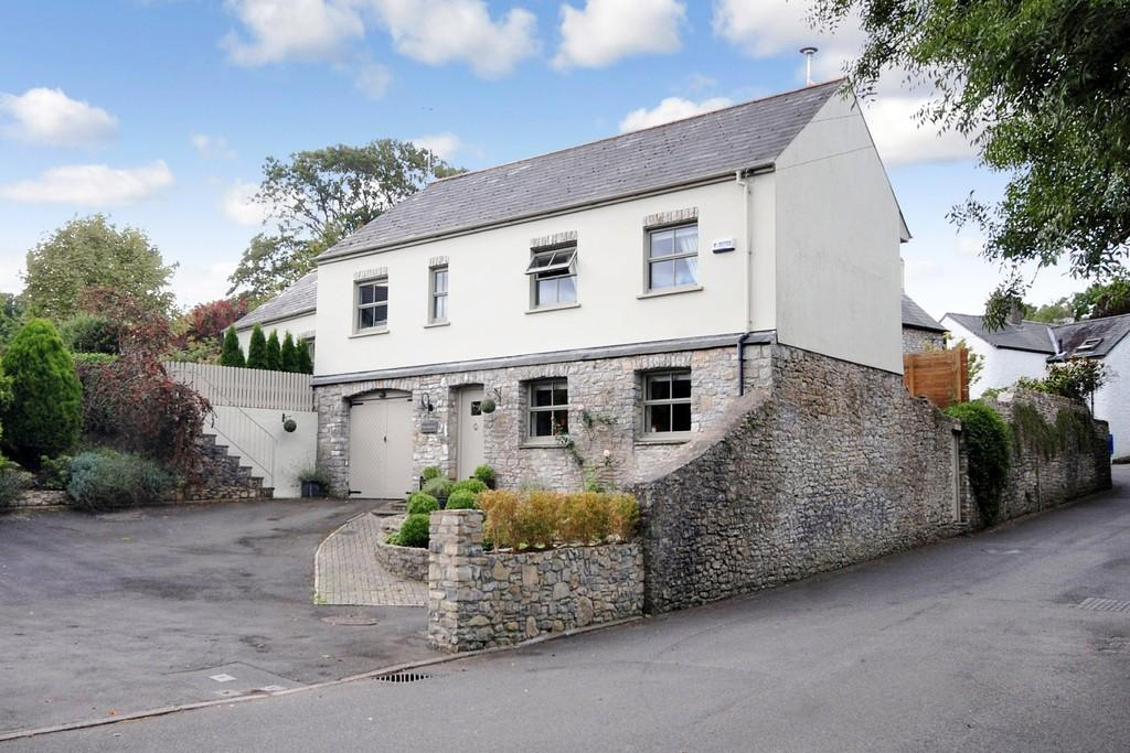 4 Bedrooms Detached House for sale in Bridge Road, Llanblethian, Near Cowbridge, Vale of Glamorgan, CF71 7JG