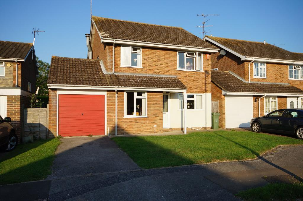 4 Bedrooms Detached House for sale in Hills Road, Steyning, West Sussex, BN44 3QG