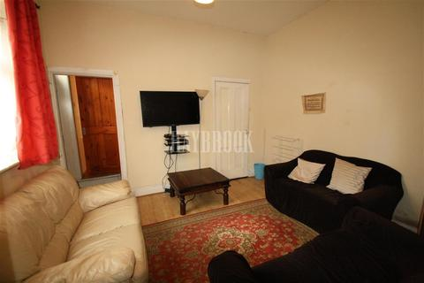 4 bedroom house share to rent - Warwick Street, S10