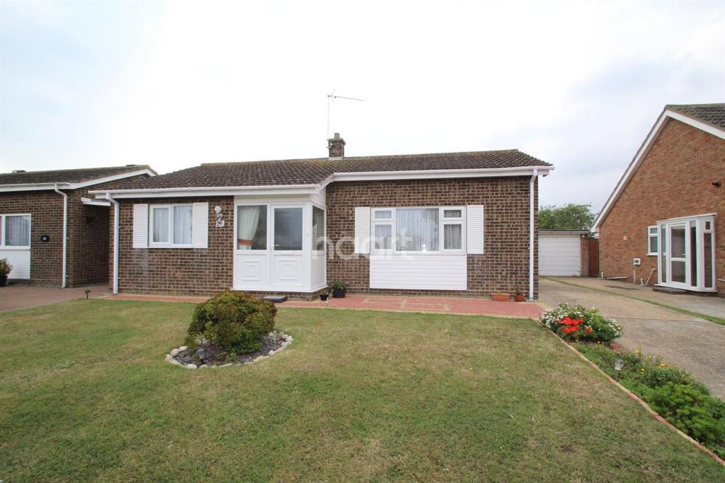 2 Bedrooms Bungalow for sale in Lumber Leys, Walton-on-the-Naze