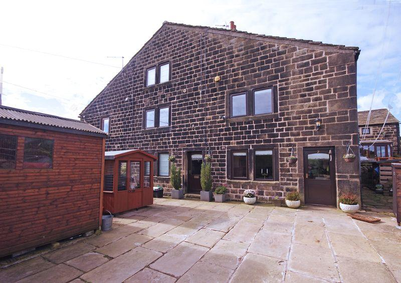4 Bedrooms Cottage House for sale in 2 Middle Hathershelf, Luddendenfoot, HX2 6JQ