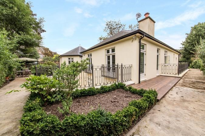7 Bedrooms House for sale in North Common Road, Ealing