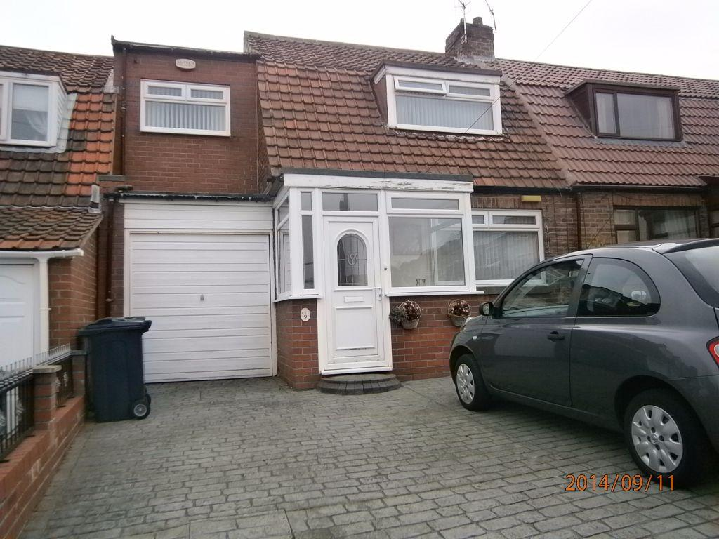 2 Bedrooms Semi Detached House for sale in Percy Gardens, Dunston, Gateshead NE11