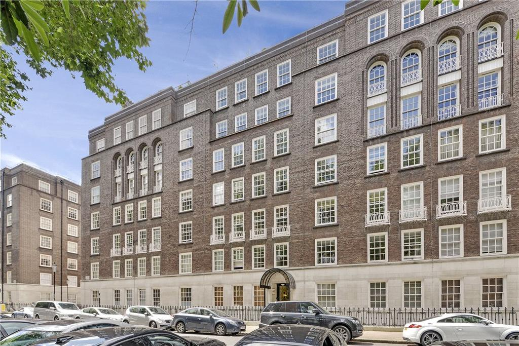 3 Bedrooms Flat for sale in Lowndes Square, Knightsbridge, London, SW1X