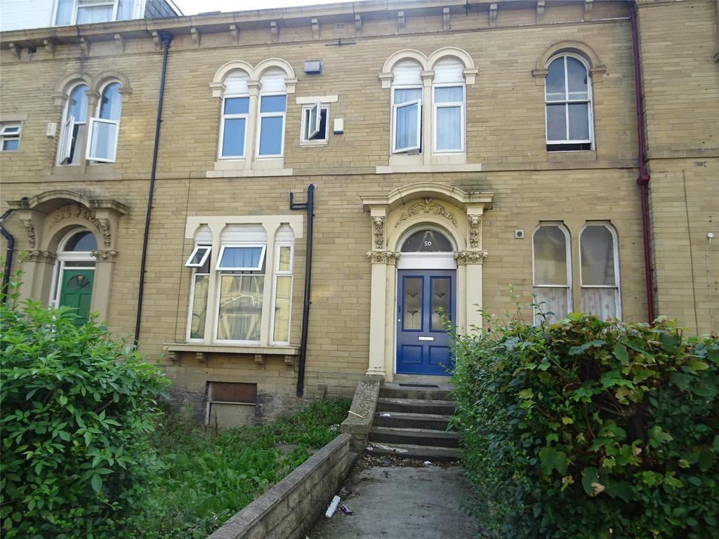 6 Bedrooms Terraced House for sale in Ashgrove, Bradford, West Yorkshire, BD7