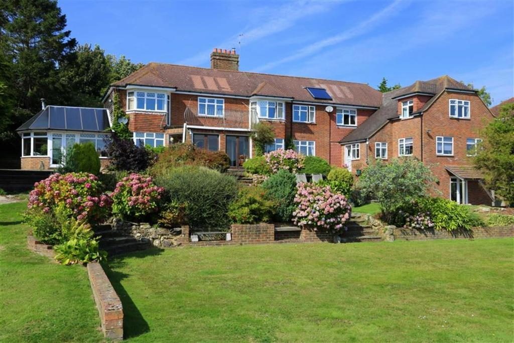 6 Bedrooms Detached House for sale in Winchelsea Road, Guestling
