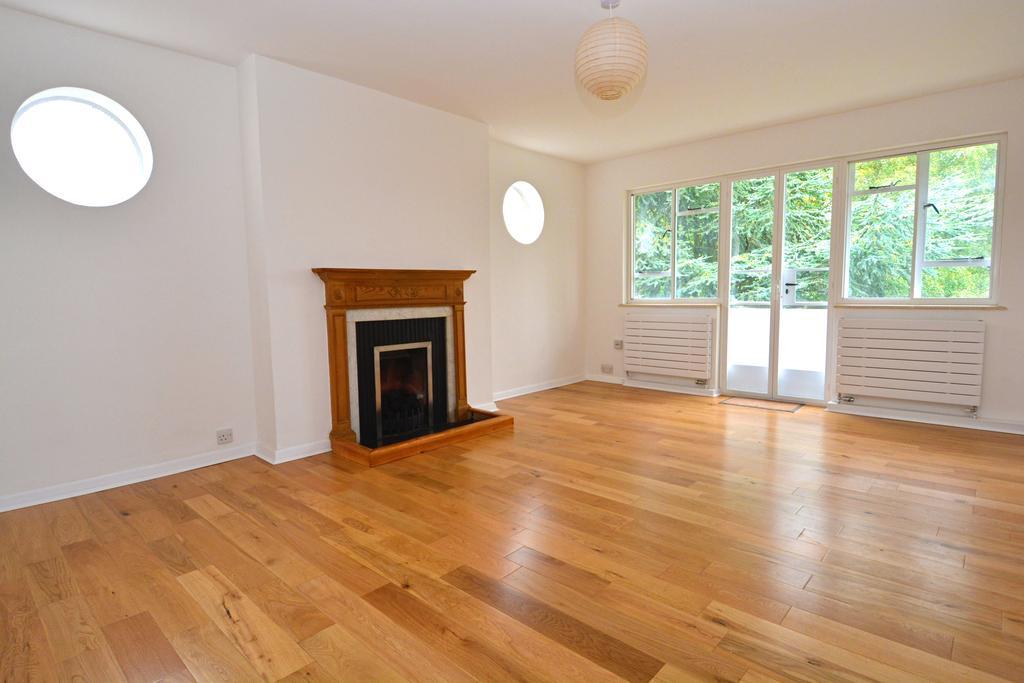 2 Bedrooms Flat for sale in Shepherds Hill, Highgate N6