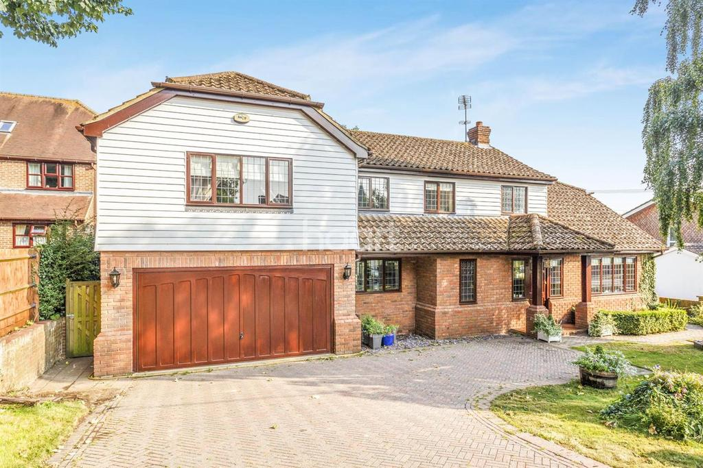 4 Bedrooms Detached House for sale in The Street, Detling