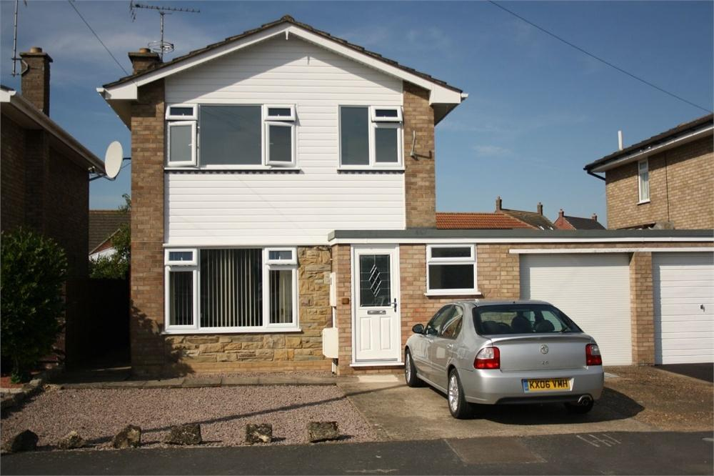 3 Bedrooms Semi Detached House for sale in Arundel Crescent, Boston, Lincolnshire