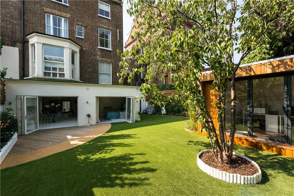 4 Bedrooms Flat for sale in College Crescent, Belsize Park, London, NW3