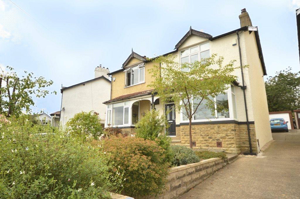3 Bedrooms Semi Detached House for sale in Newlaithes Road, Horsforth, Leeds