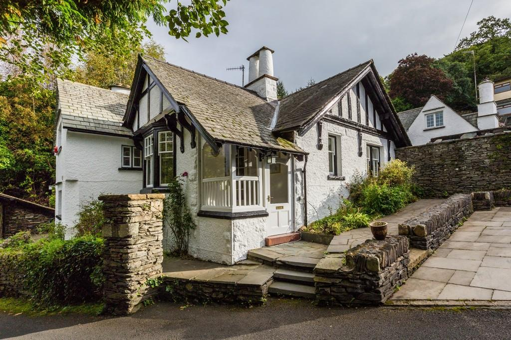 4 Bedrooms Cottage House for sale in Fellside Cottage, Kendal Road, Bowness On Windermere, Cumbria, LA23 3ER