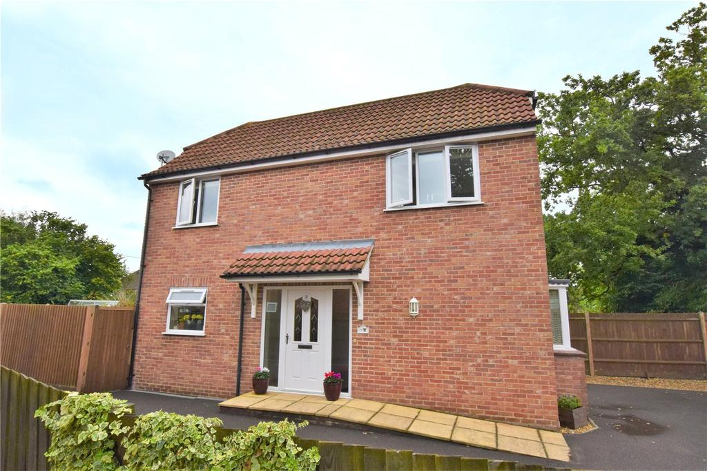 3 Bedrooms Detached House for sale in Stephens Close, Mortimer, Berkshire, RG7