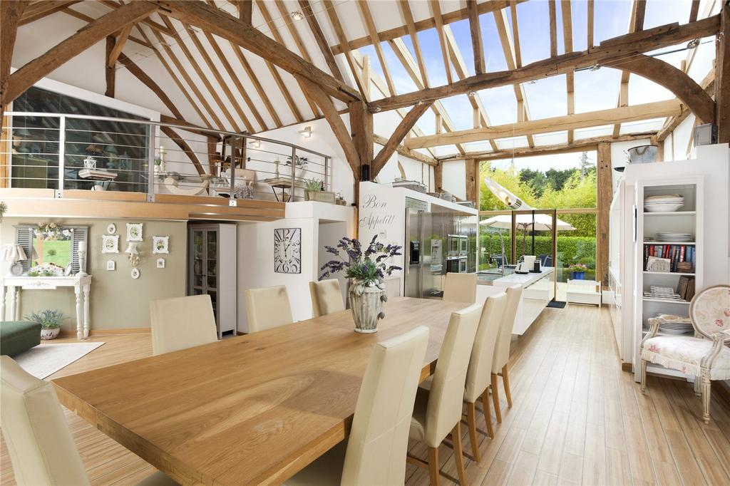5 Bedrooms Barn Conversion Character Property for sale in Plough Lane, Upper Harbledown, Canterbury, Kent