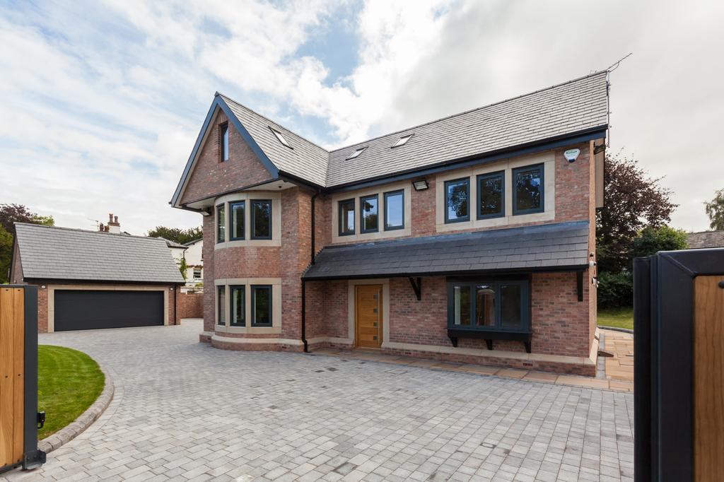 5 Bedrooms Detached House for sale in Oak View Higher Lane Lymm