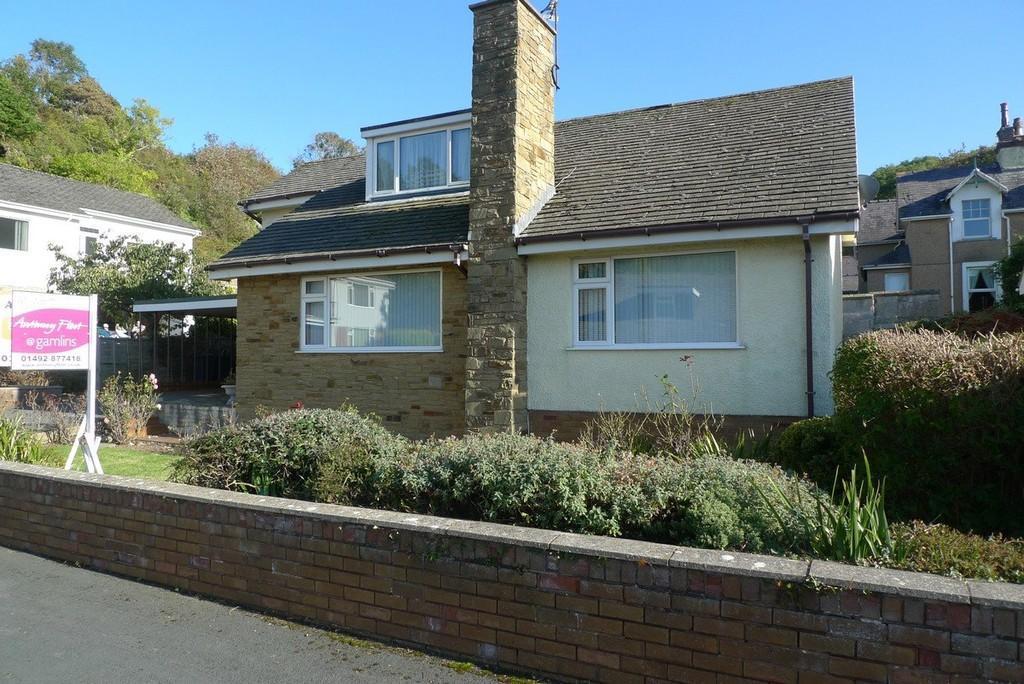 3 Bedrooms Detached Bungalow for sale in Cwrt Bryn Y Bia, Llandudno