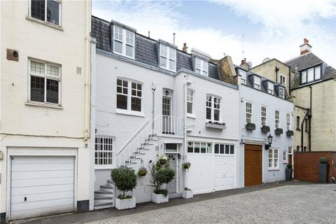 3 bedroom mews to rent - Devonshire Mews South, Marylebone, London