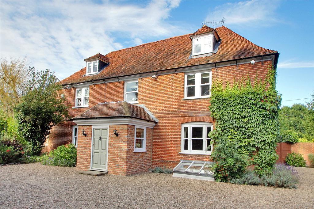 6 Bedrooms Detached House for sale in Hockenden Lane, Swanley, Kent