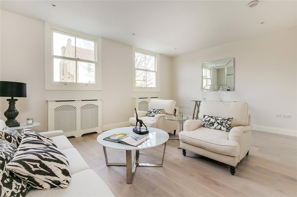 2 Bedrooms Flat for sale in St. John's Hill, London