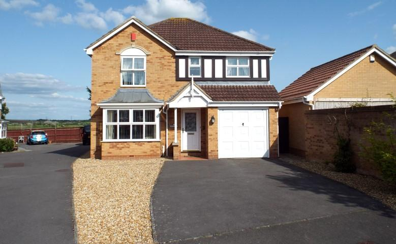 4 Bedrooms Detached House for sale in Manor Park, Pawlett, Bridgwater TA6