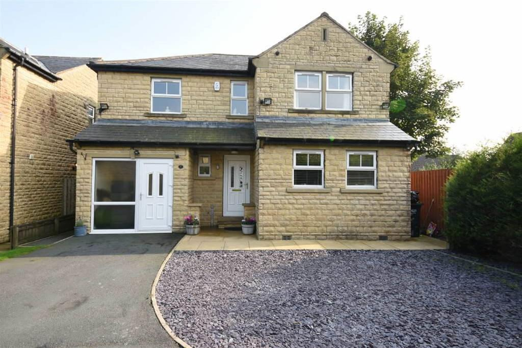 4 Bedrooms Detached House for sale in Chapel Fold, Shelf