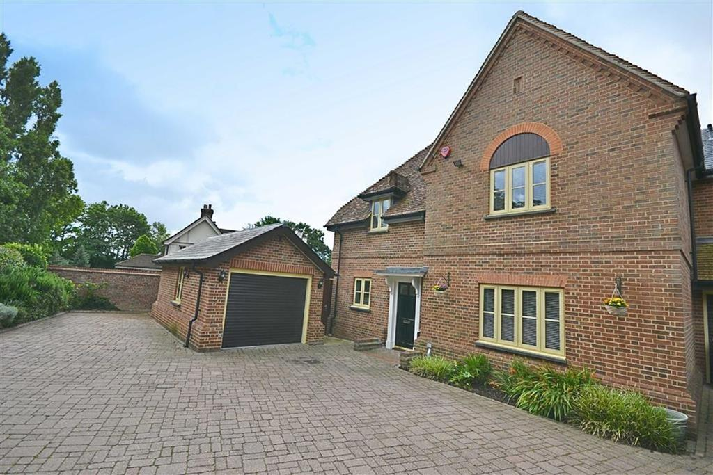 4 Bedrooms House for sale in The Ridgeway, Botany Bay, Middlesex