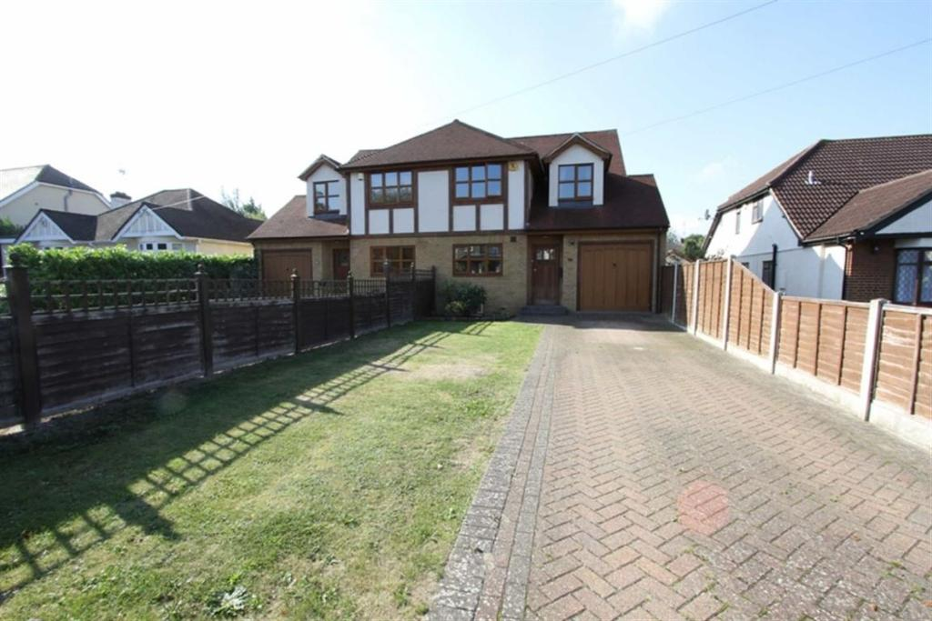 4 Bedrooms Semi Detached House for sale in Potash Road, Billericay, Essex, CM111DL