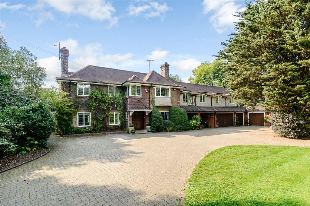 5 Bedrooms Detached House for sale in London Road, Rickmansworth, Hertfordshire, WD3