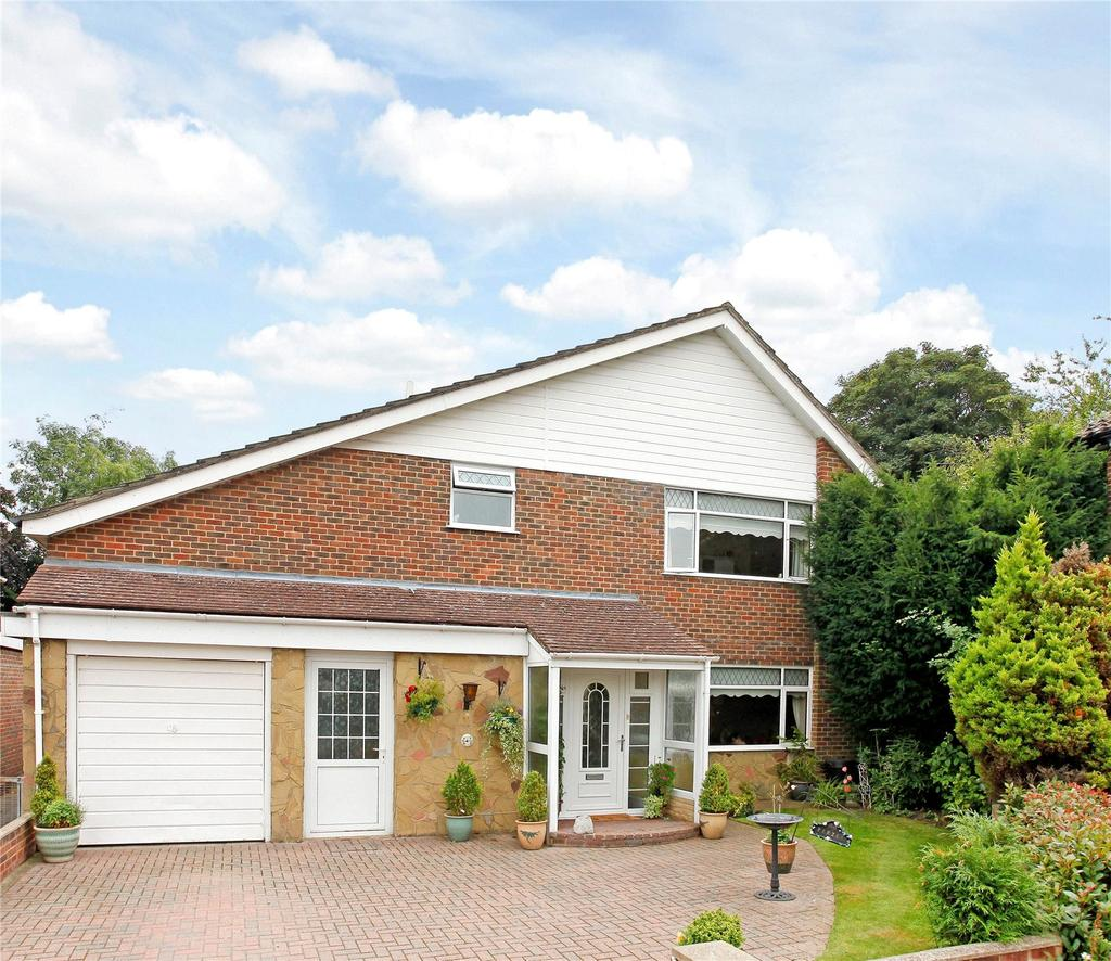 4 Bedrooms Detached House for sale in The Dale, Keston, Kent, BR2