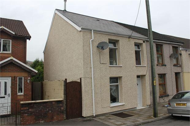 2 Bedrooms End Of Terrace House for sale in Cornwall Road, Penygraig, Tonypandy, CF40 1PR