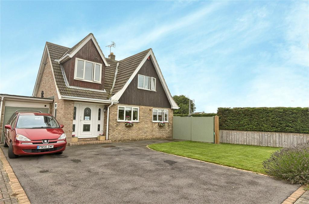 3 Bedrooms Link Detached House for sale in Stainsby Gate, Thornaby