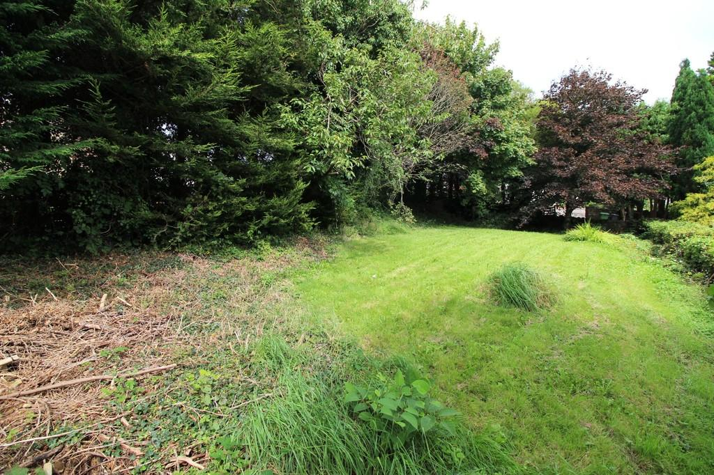 Land Commercial for sale in Penmaes, Pentyrch
