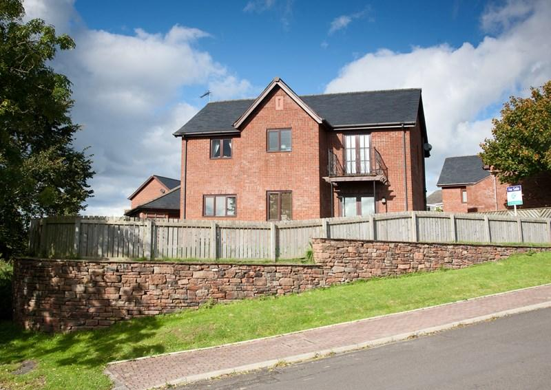4 Bedrooms Detached House for sale in 2 Walby Garth, Langwathby, Penrith