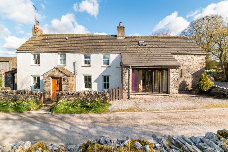 4 Bedrooms Detached House for sale in Waitby Longbarn, Waitby, Kirkby Stephen