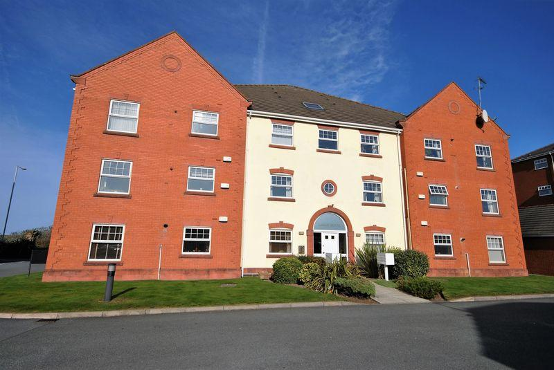 2 Bedrooms Apartment Flat for sale in Lagan House, Leasowe Road