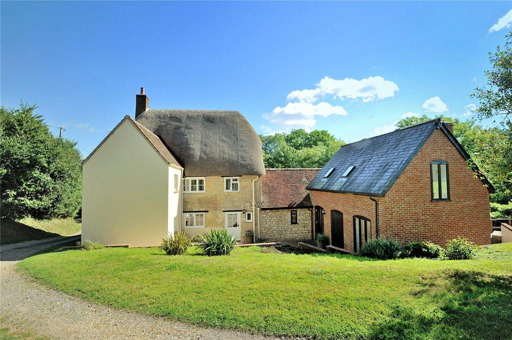5 Bedrooms Detached House for sale in Bridge, Sturminster Newton, Dorset