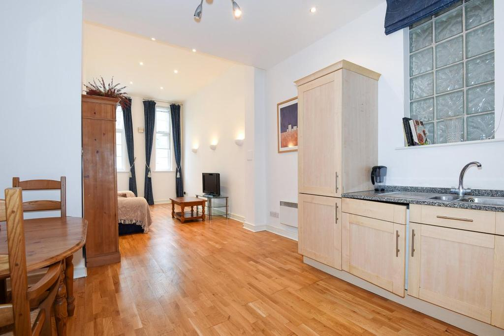 2 Bedrooms Flat for sale in Oxford Drive, Bermondsey, SE1