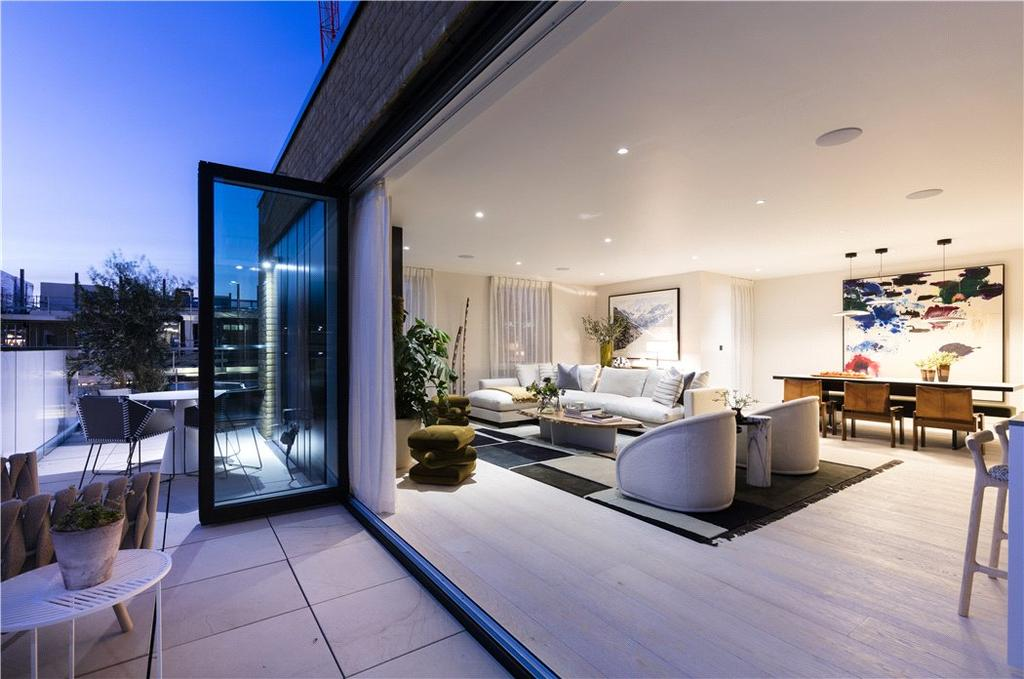 3 Bedrooms Flat for sale in Soho Thirteen Apartments, 20 Ingestre Place, Soho, London, W1F