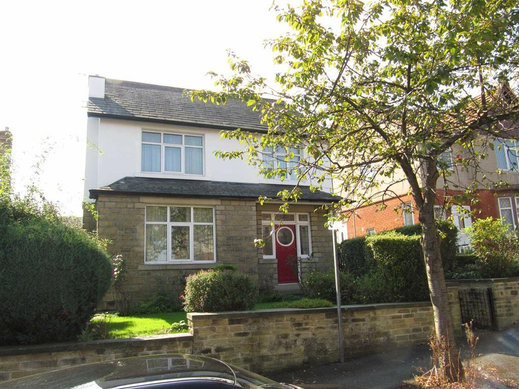 3 Bedrooms Detached House for sale in Mountjoy Road, Edgerton, Huddersfield, HD1
